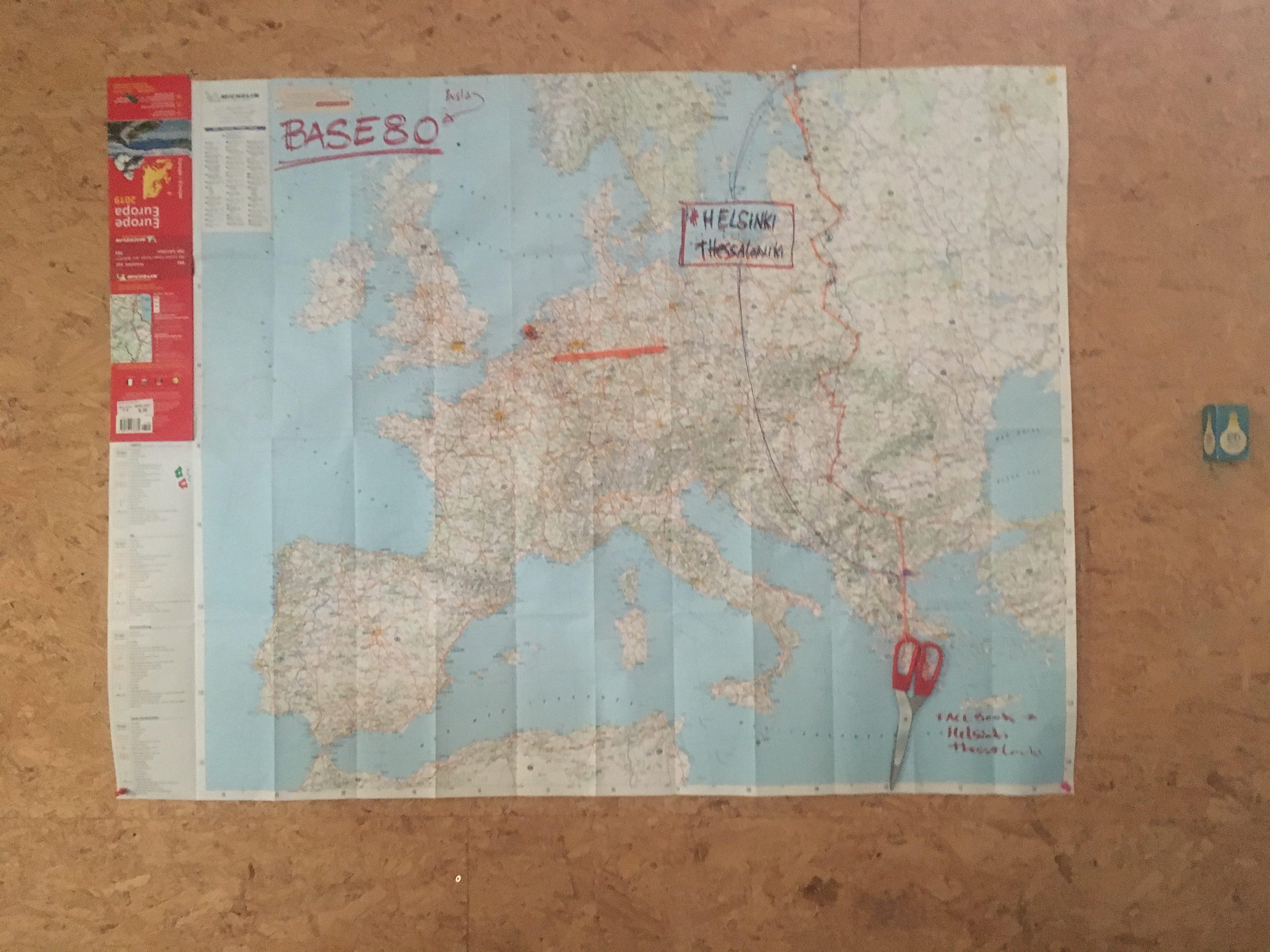 Olivier's map - the scissors mark the spot