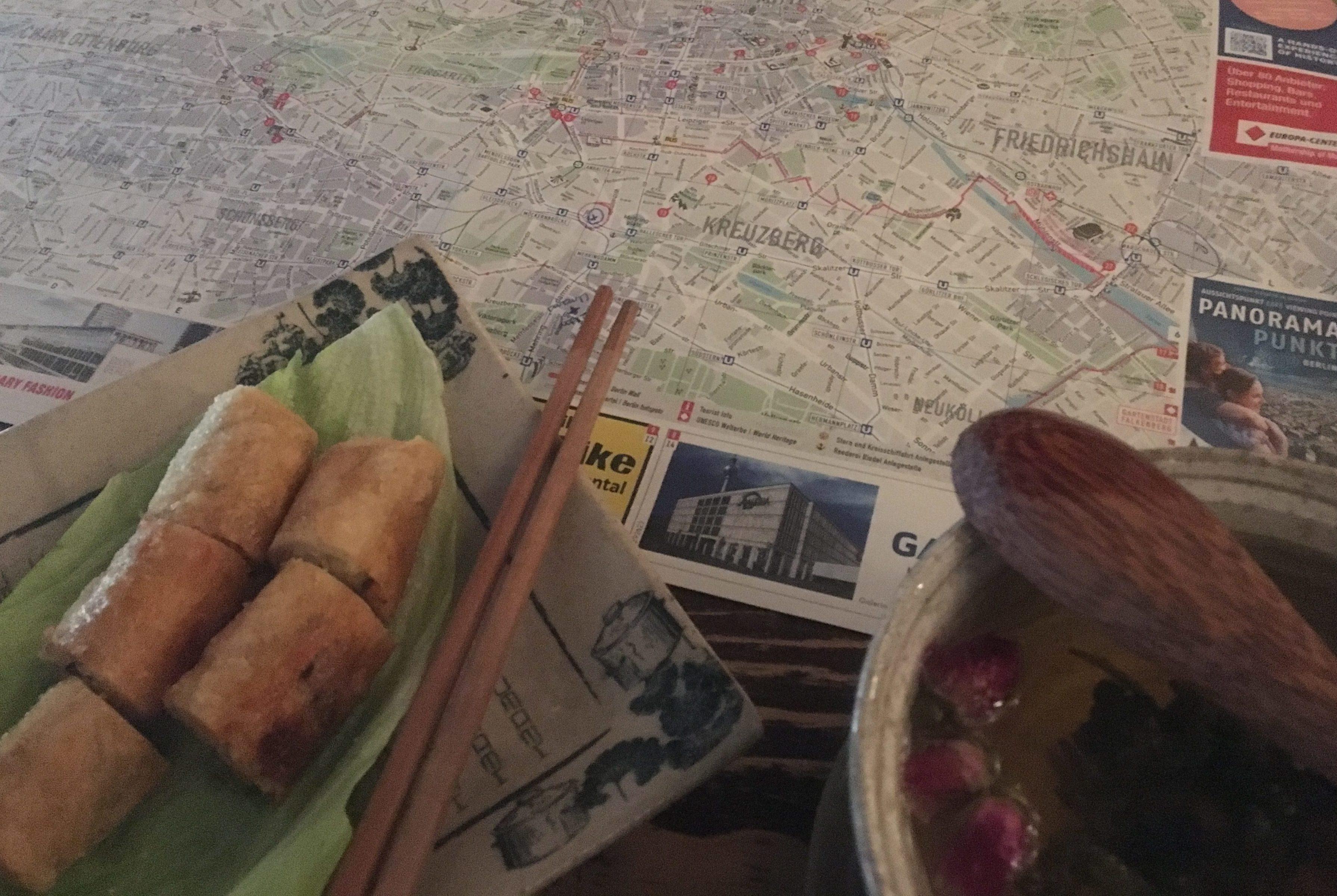 Buddha Rolls and Rose Tea @ Unami, Kreutzberg