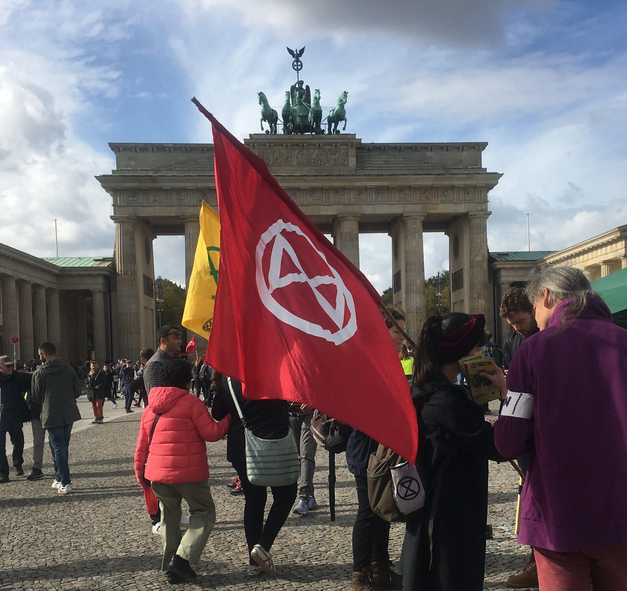 XR info point Brandenburg - good flag