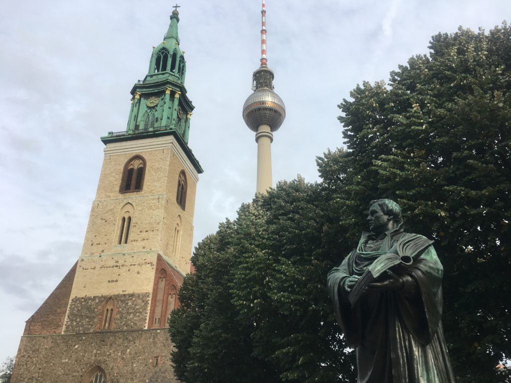 Luther looking at Berlin pointy things