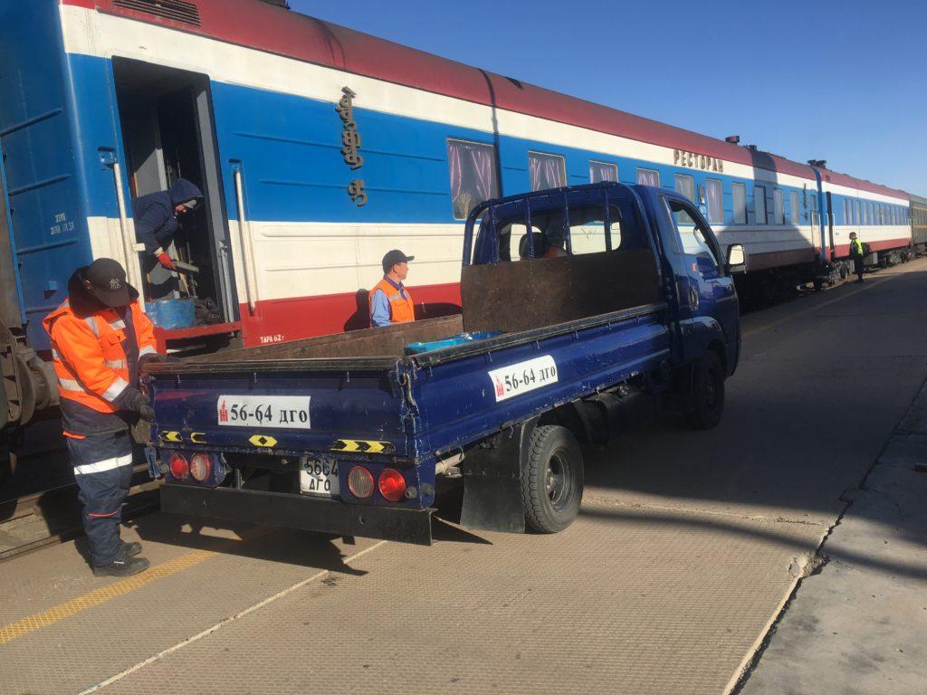 Special delivery on the platform of Dornogovi station