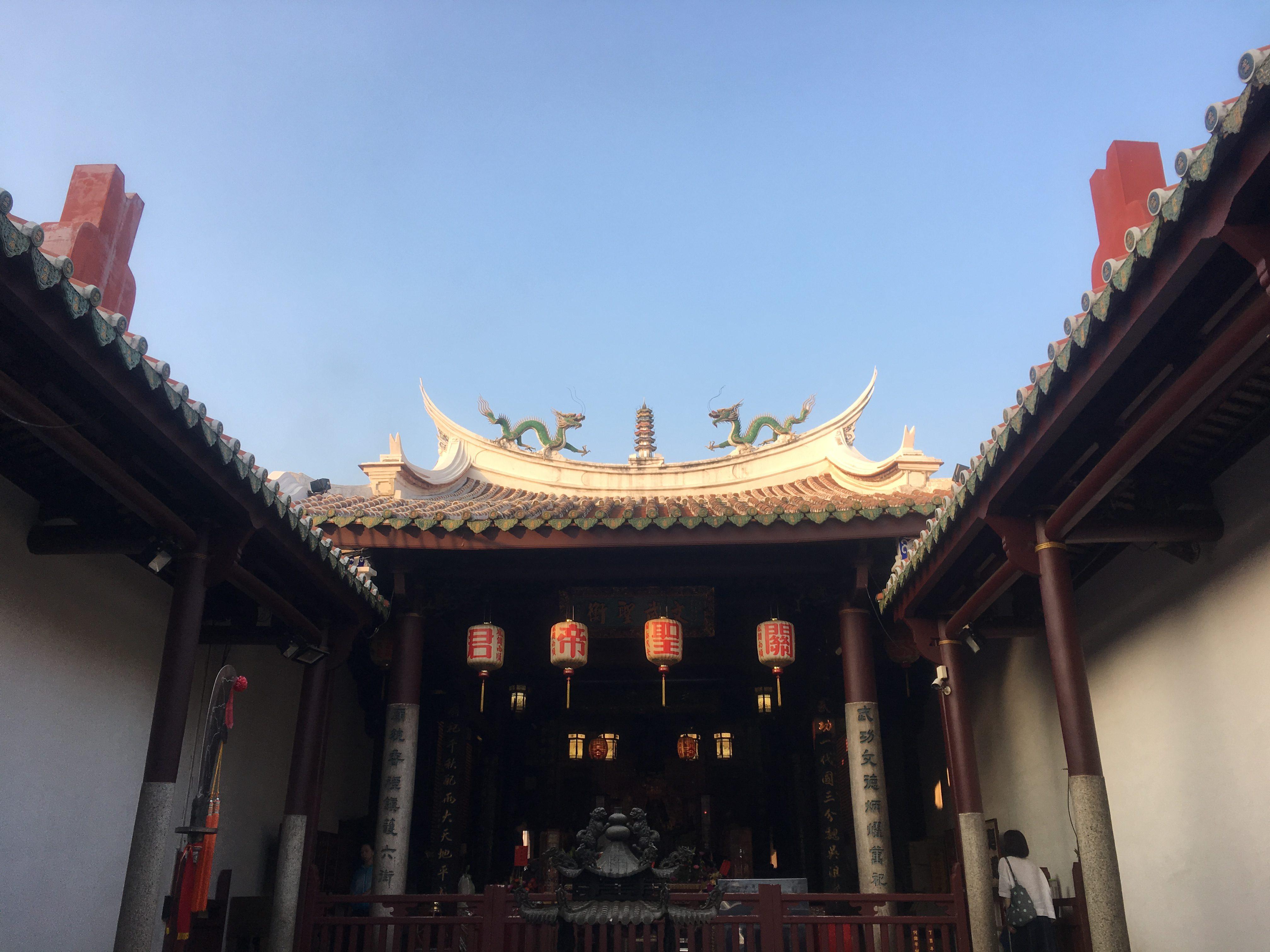 Idyllic courtyard at Grand Matsu Temple