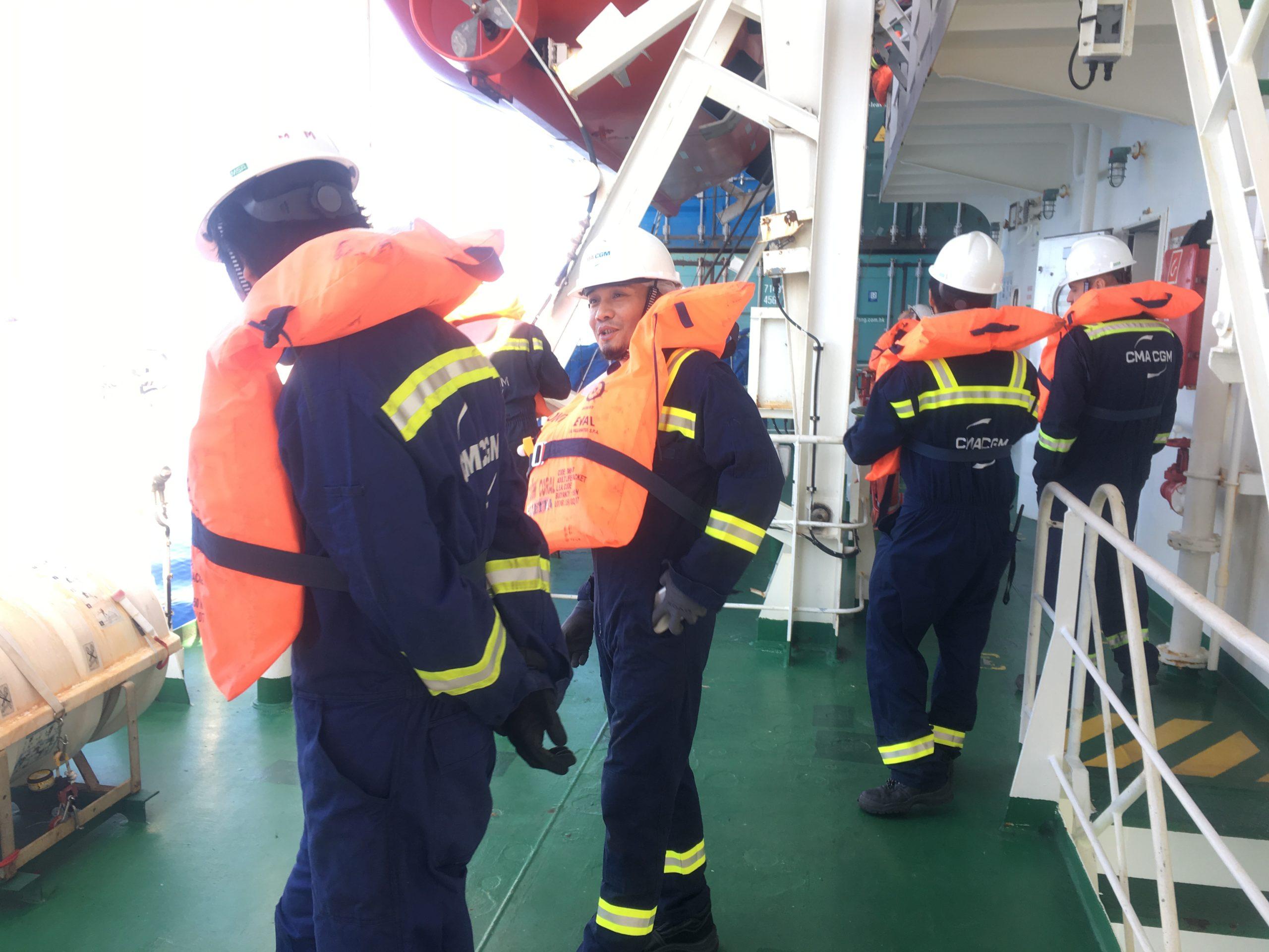 Crew in full kit CC Coral